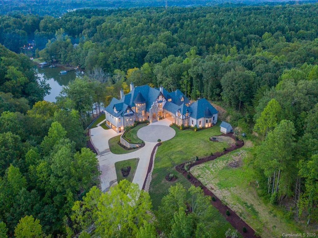 Mcmansion Looks Like Panthers Mccaffrey Just Dropped 7 5 Million For Lake Norman Home Lake Norman Publications